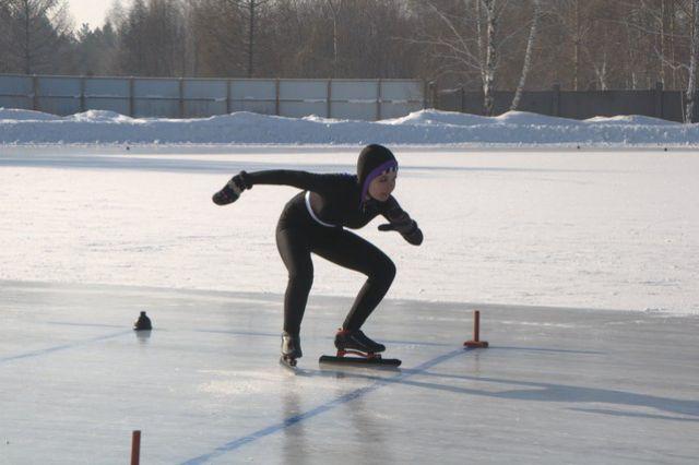 Омичи на коньках не только катаются, но и бегают!
