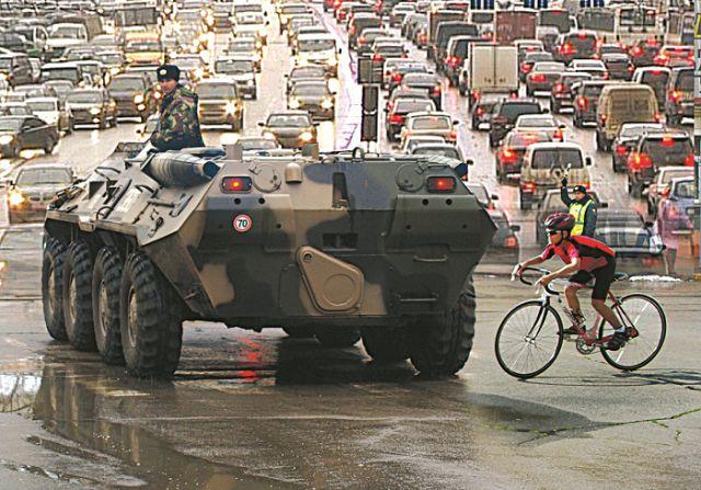 В городе могут остаться лишь два вида транспорта, которыми можно передвигаться, не опасаясь пробок