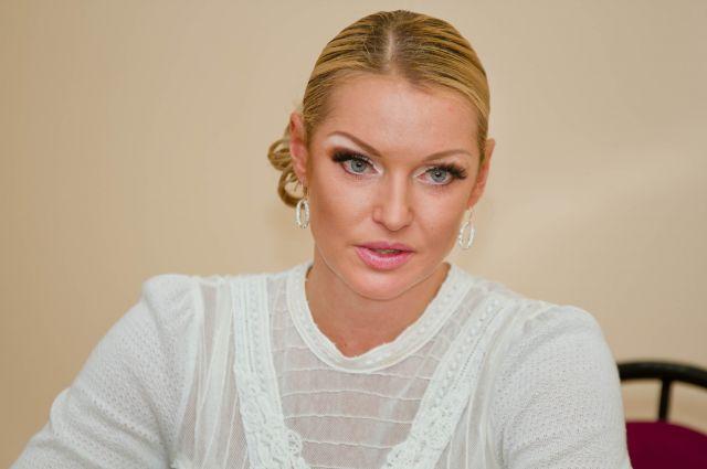 Анастасия Волочкова в Смоленске не в первый раз, и собирается приехать снова.