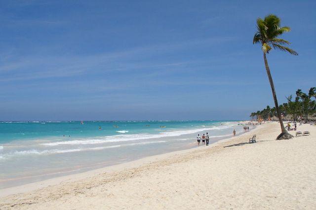 Пляжи в Доминиканской республике привлекают туристов круглый год.