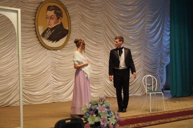 Ни один праздник в Хмелите не обходится без театральной постановки.