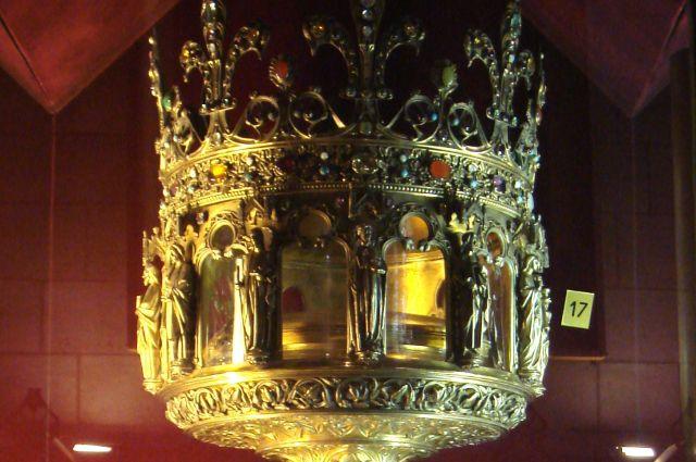 Так в реликварии Собора Парижской Богоматери хранится Терновый венец Христа.