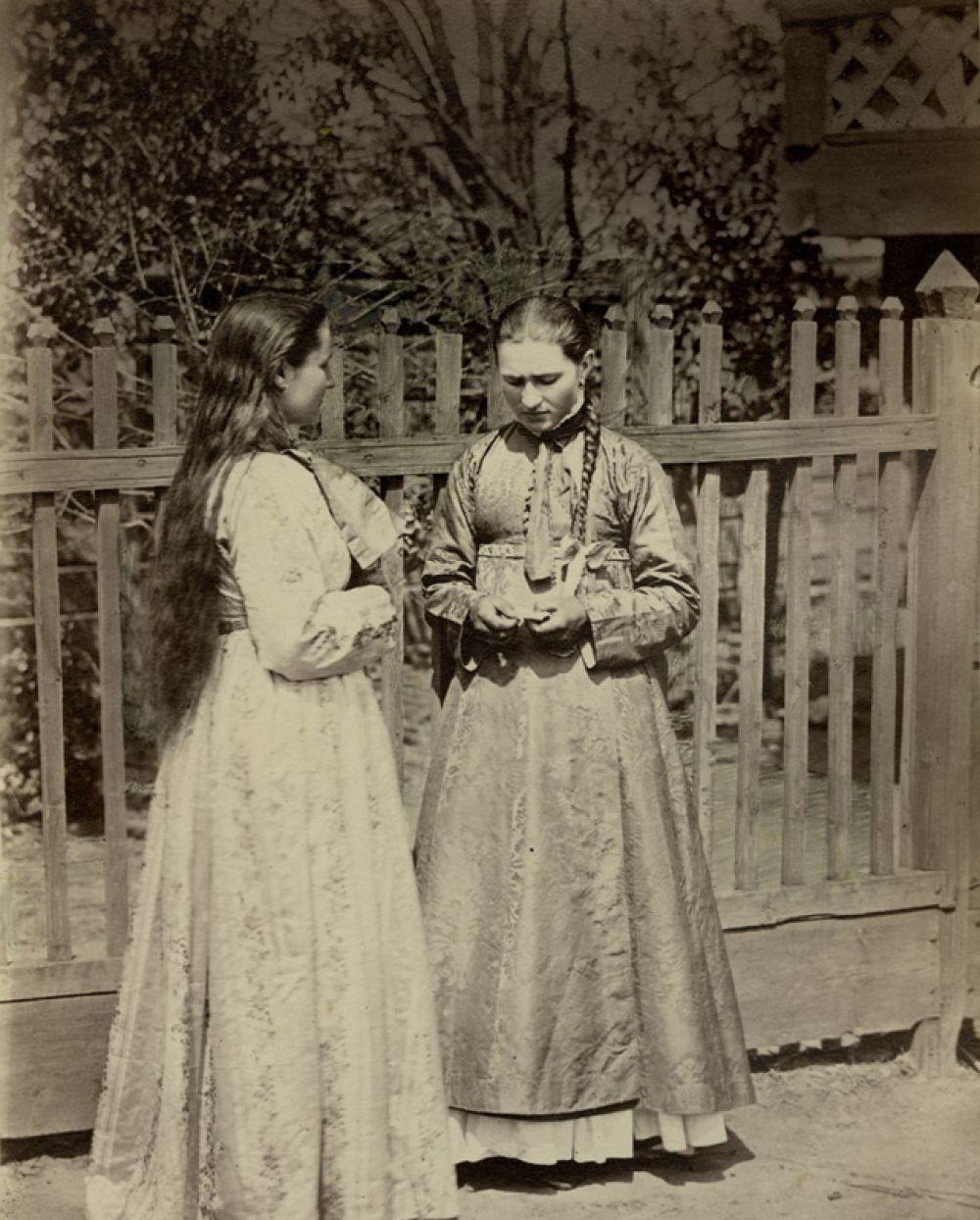 Девицы в кубиляках, Донской нарядный костюм