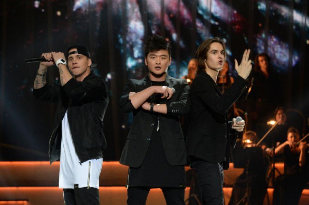 Лучшей песней была признана композиция группы MBAND «Она вернется». Так же музыканты победили в номинации «Открытие года».