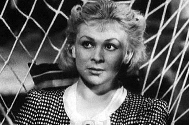 Валентина Серова в фильме «Сердца четырех», 1941 год.