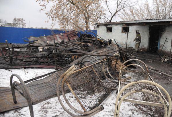 На месте пожара в психоневрологическом диспансере в селе Алферовка.