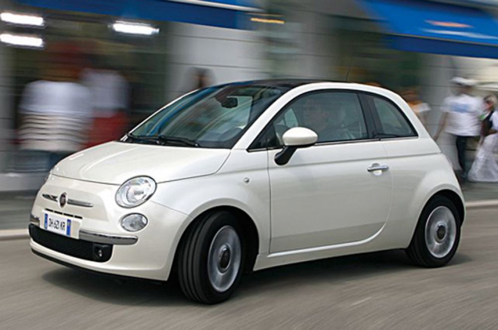 Десятое место занимает Fiat 500.