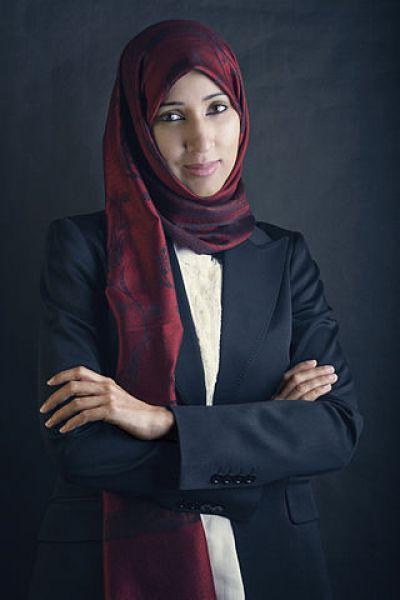 Маналь аш-Шариф, одна из самых видных саудовских феминисток, которая борется активно за женские права, в частности, за возможность вождения машины.