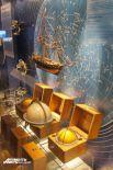 Посещение экспозиции даст ответ на многие вопросы: каким образом можно измерить глубину океана, какие нужны аппараты, чтобы погрузиться на большие расстояния, есть ли жизнь на максимальной глубине и многие другие.