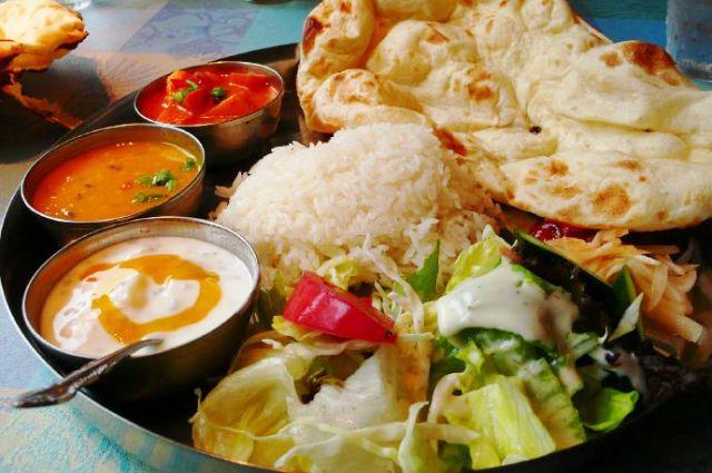 Блюда индийской кухни могут быть не острыми, а наоборот - сладкими и нежными.