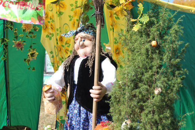 Жила себе Баба Яга и ее говорящий кот в лесной глуши в избушке на курьих ножках...