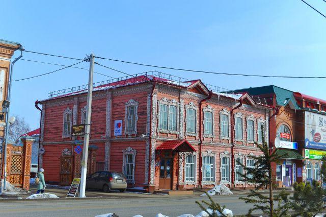История города-музея Мариинска начинается с 1698 года.