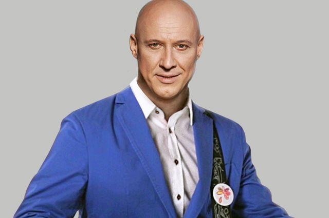 Денис Майданов, сам отец двоих детей, создал музыкальное воплощение «Дня добрых дел».