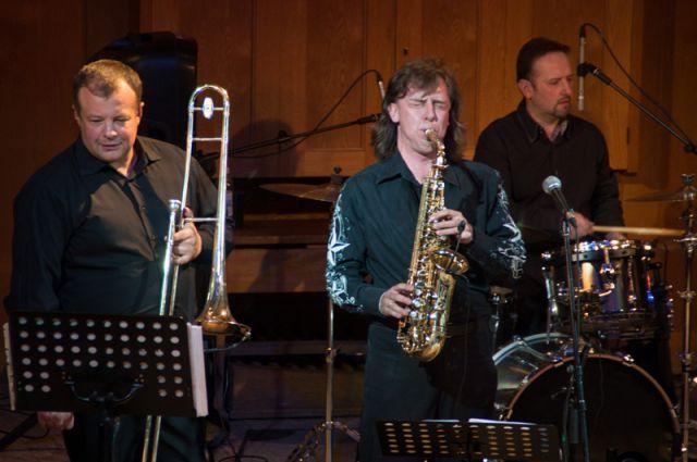 Любовь ульяновцев к джазу - это продолжение любви к легендарному коллективу «Академик Бэнд».