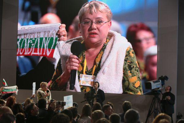 Пожалуй, самой запоминающейся из пресс-конференции 2012 года стала фраза Путина,  обращенная к журанлистке Марии Соловьенко: «Маша, садись, пожалуйста. Сейчас я отвечу» и ее «Спасибо, Вова».