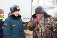 Зима только началась, а помощь спасателей уже требуется людям.