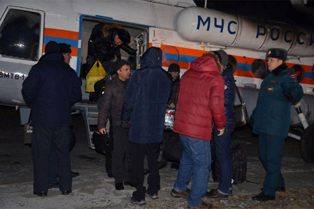 С пострадавшими работают психологи МЧС России.