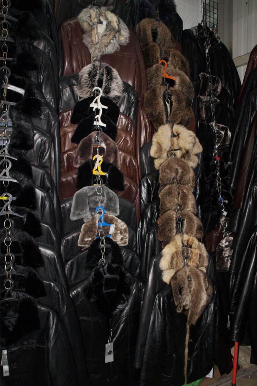 Большой выбор верхней одежды, обуви, костюмов предлагают в ТК ООО «Рассвет» для мужчин.