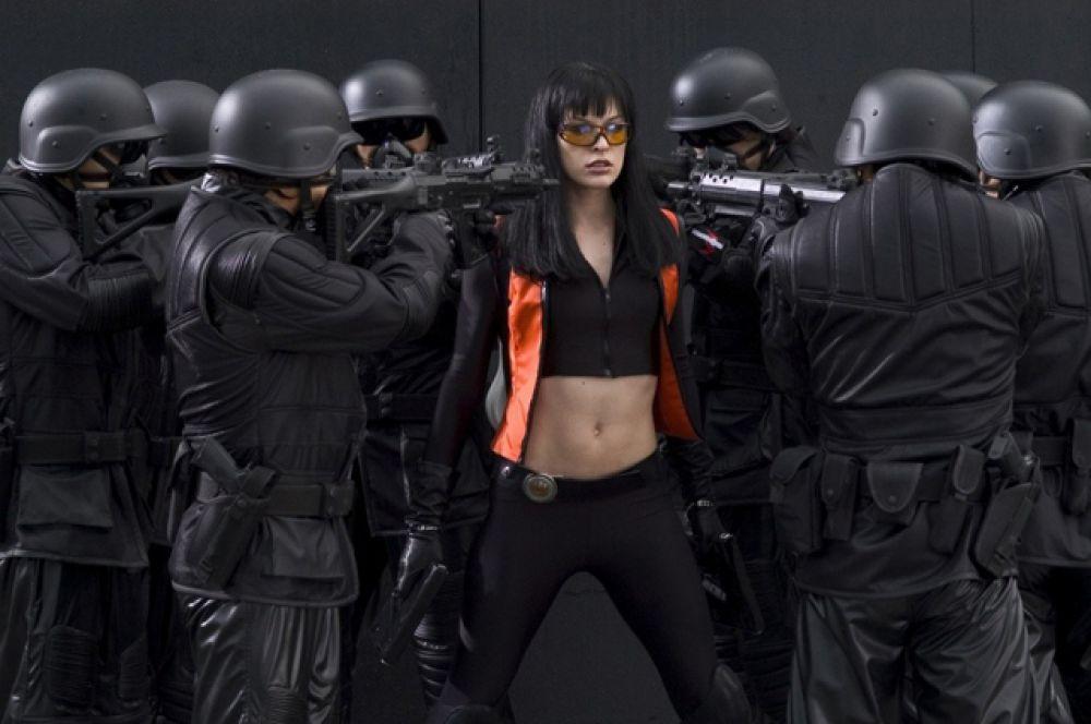 В марте 2006 года вышел триллер «Ультрафиолет».