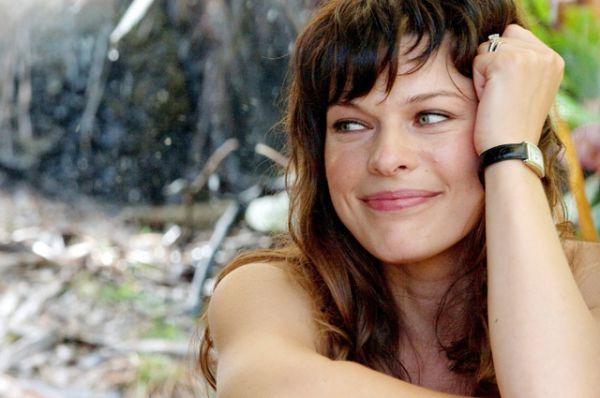 Милла Йовович в фильме «Идеальный побег», 2009 год.