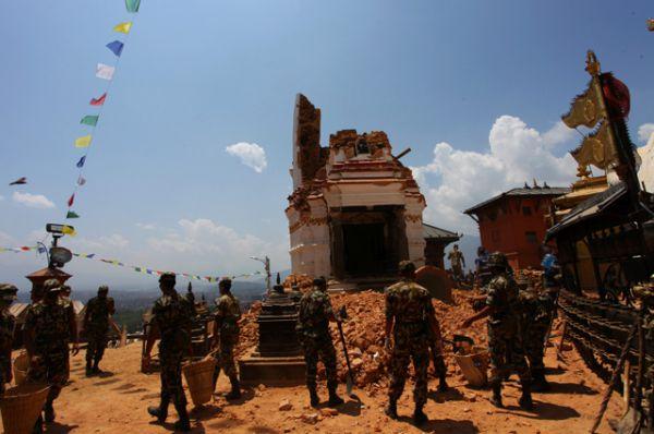 Землетрясения в Непале в апреле и мае 2015 года, стали самыми мощными с 1934 года и оставили после себя катастрофические последствия. Погибли более 8 тысяч человек, ранены более 14 тысяч, разрушено несколько десятков тысяч домов и повреждено более полумиллиона строений.