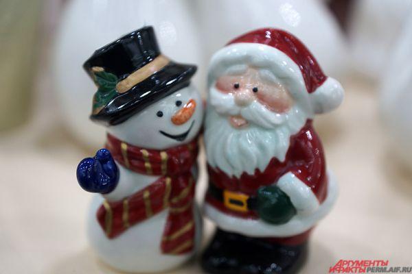 Милый сувенир - Дед Мороз и снеговик.