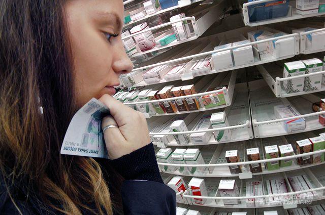 Женщина не захотела платить за лекарства.
