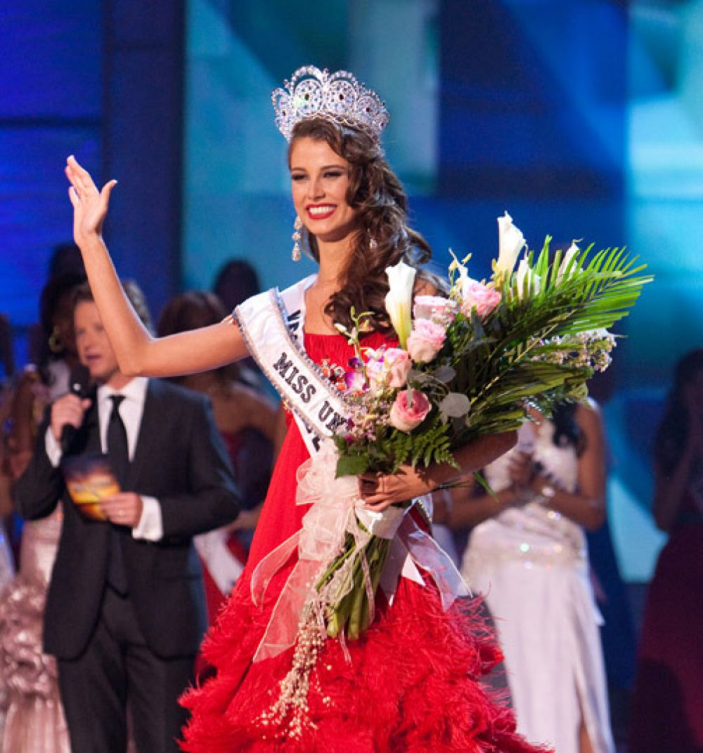 И снова девушка из Венесуэлы. Стефания Фернандес завоевала титул «Мисс Вселенная» в 2009-м.