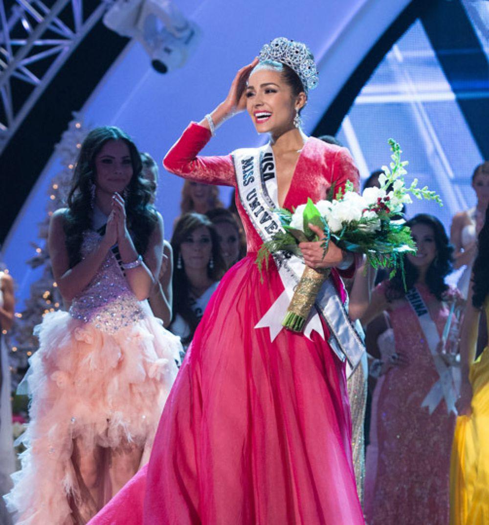 Оливия Калпо - «Мисс Вселенная-2012».