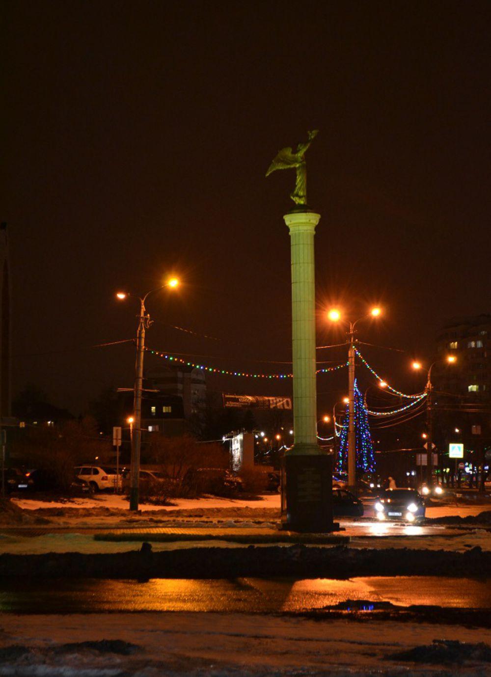 Ангел мира над новогодней Пензой.