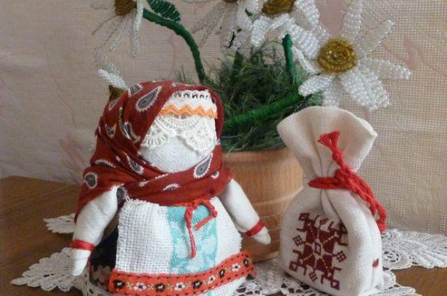 Кукла Надежды Варенцовой из капроновых чулок.