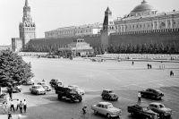 На Красной площади в Москве в 1959 году.