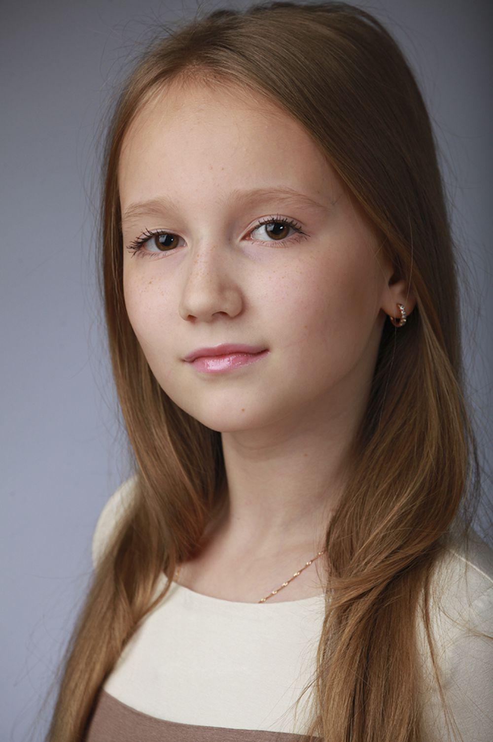 Мария Щербакова, 12 лет, 8-ой конкурс красоты и талантов  «Маленькая Мисс Вятка-2016». Средняя группа.