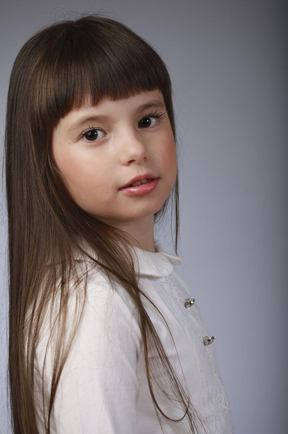 Полина Чепелова, 7 лет, 8-ой конкурс красоты и талантов  «Маленькая Мисс Вятка-2016». Младшая группа.