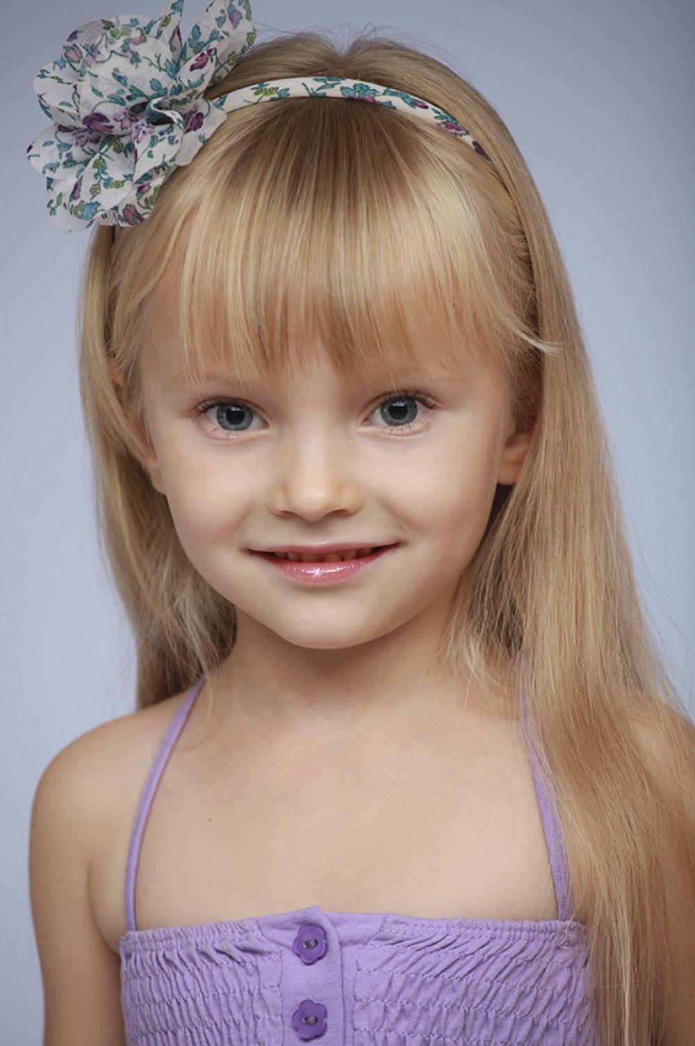 Полина Комарова, 7 лет, 8-ой конкурс красоты и талантов  «Маленькая Мисс Вятка-2016». Младшая группа.