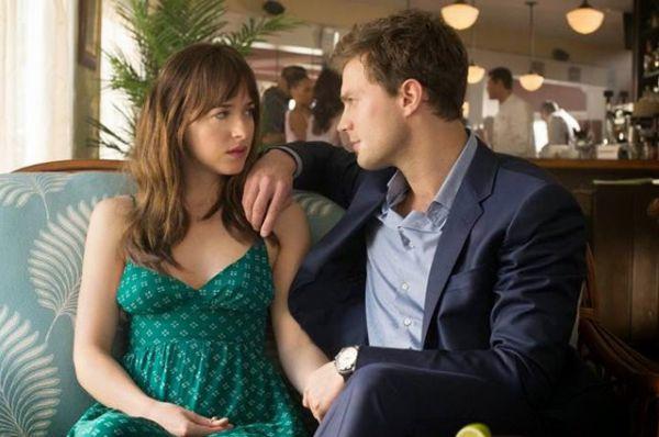50 оттенков серого. Фильм о скромной студентке и богаче с нестандартными сексуальными увлечениями собрал в мировом кинопрокате более 570 миллионов долларов, в том числе - 16 в России.