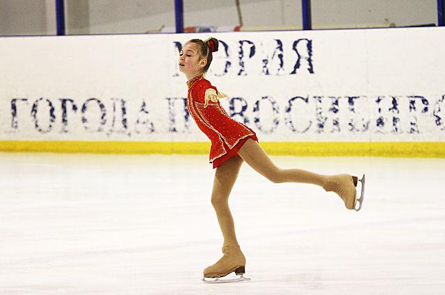 Соревнования по фигурному катанию пройдут в Бердске