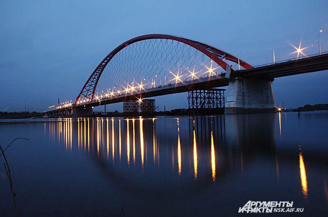 Летать над Бугринским мостом нельзя без разрешения