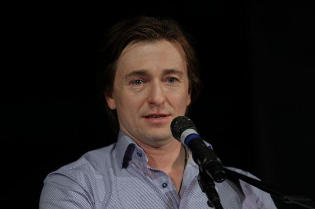 сергей безруков прокомментировал запреты киева российское кино