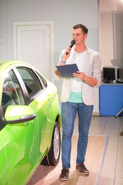 Презентацию Lada Vesta в Брянске провёл шоумен Роман Безгин.#VESTASTART #VESTATEST #LADA #VESTAVBRYANSKE