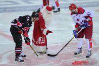 Матч проходил на домашнем льду.