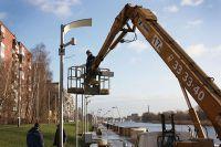 На протяжении всей набережной установлено 28 камер, подключенных к системе «Безопасный город», из них 26 стационарных и две поворотные камеры наружного наблюдения.