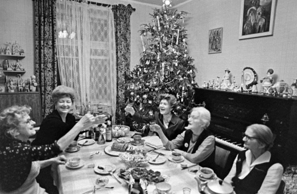 Встреча Нового года в Московской квартире, 1981 год.