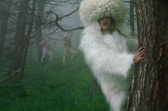Лиана Клевцова снялась обнаженной взащиту живых елок