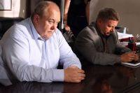 Владимир Гусев играет в фильме «Команда» опытного следователя.