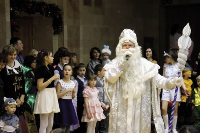Пятый год проходит благотворительная ёлка во Дворце культуры им. Ю. А. Гагарина.