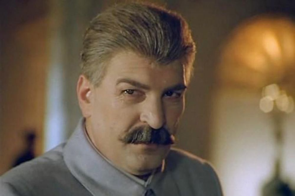 Алексей Петренко неоднократно играл Сталина с момента выхода фильма «Пиры Валтасара, или Ночь со Сталиным» Юрия Кары в 1989 году.