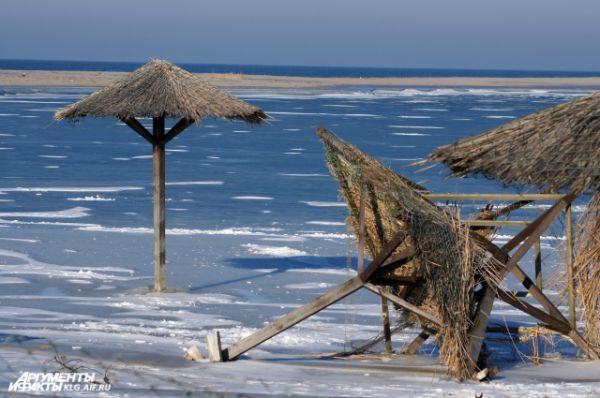 Поселок Янтарный. Побережье после шторма.