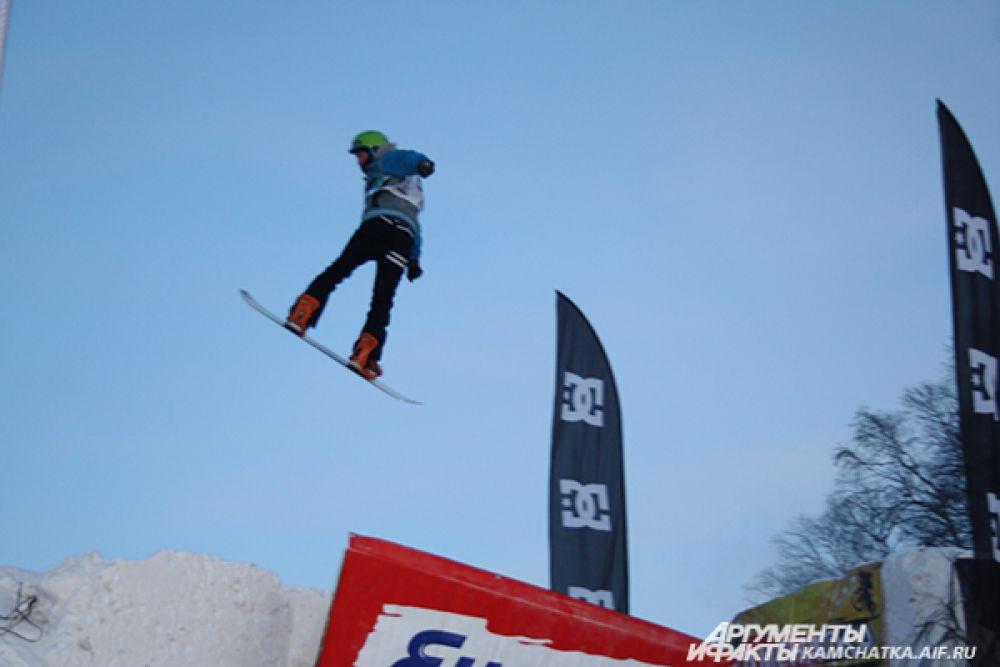 Участники взлетали в воздух на 8 метров!