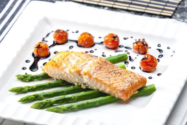 Рецепт лосося со спаржей
